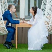 На свадебной прогулке :: Максим Ванеев