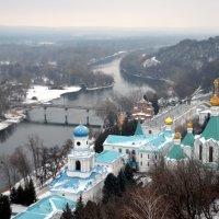 Тишина и покой. Зима в Святогорском монастыре. :: Ольга Голубева