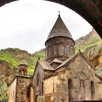 Монастырь Гегард в Армении :: Денис Кораблёв