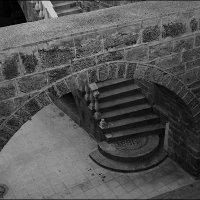 Арка и лестница. :: Lmark