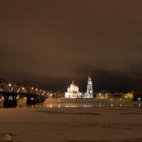 Ночной Рыбинск :: Олег Пученков