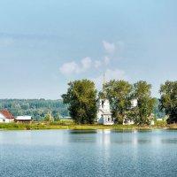 Церковь на острове :: Дмитрий Конев