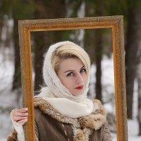 портрет ,интересной дамочки ,в рамочке :: Юрий Сидоров