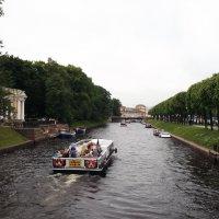Прогулка на катере :: Svetlana Lyaxovich