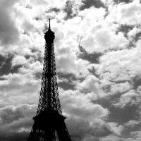 Вечернее небо Парижа :: Владимир Шехтер