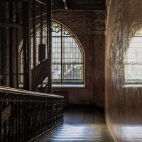 Парадная лестница :: Valeriy Piterskiy