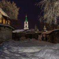 Старый дворик :: Юрий Морозов