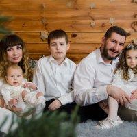 Новогоднее семейное настроение :: Светлана Былинович