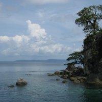 Необитаемый остров в Сиамском заливе. :: Лариса (Phinikia) Двойникова
