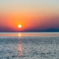 Закат на море :: Владимир Лазарев