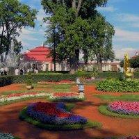 Петродворец. Нижний парк. Дворец Монплези́р. :: Владимир Ильич Батарин