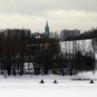 Большой Крылатский пруд. :: Yuri Chudnovetz