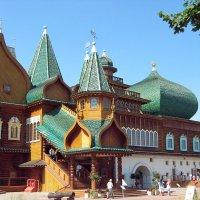 Дворец в Коломенском :: Вера Щукина