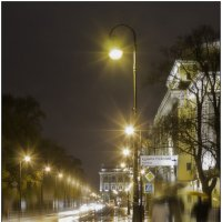В городе дождь :: Надежда Попова