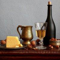 Вино  с  сыром :: Наталья Казанцева