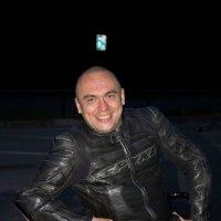 Мотоциклист и его любимый конь (Suzuki Hayabusa) :: Ксения Кушнарёва