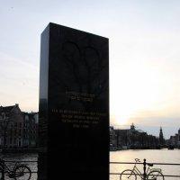 памятник погибшим в конц лагерях евреям во время второй мировой войны :: Olga