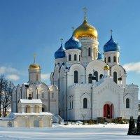 Соборы Угрешского монастыря :: Леонид Иванчук