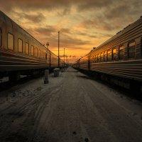 закат на вокзале :: Евгений