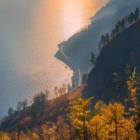 Дорога к солнцу, или тёплая осень. :: Фёдор. Лашков