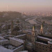 Над городом Моцарта... :: Lilly
