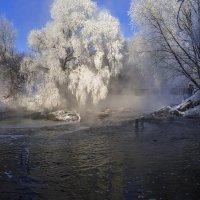 У паром дышащей реки :: Юрий Морозов