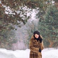 в лесу :: Елена Лабанова