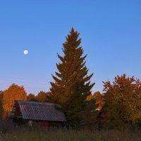 Лунное утро :: Евгений Карский