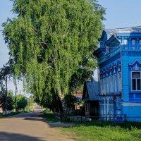 Улица в Козьмодемьянске. :: Владимир Безбородов