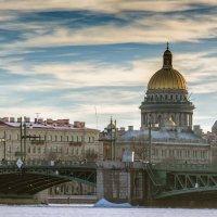 Дворцовый мост :: Valeriy Piterskiy