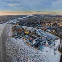 350 метров над Невой. :: Николай Т