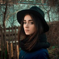 Девушка в шляпе :: LitFox .......