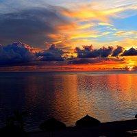 Закат над Сайпаном :: Владимир Куликов