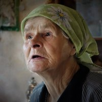 Бабушка Шура из Филисова :: Валерий Талашов