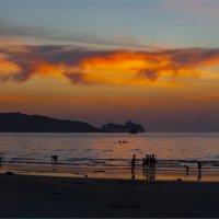 Пляж Патонга на закате :: Светлана Тремасова