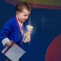Рождённый побеждать! :: Виктор Никаноров