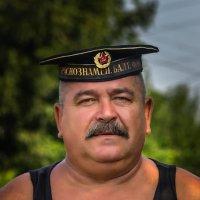 Дядя Сережа. :: Павел Петрович Тодоров