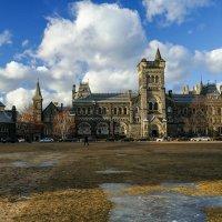 Один из комплексов университета в Торонто (University College), вариант 2 :: Юрий Поляков