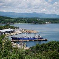 В нашу гавань заходили корабли... :: Арина
