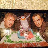 Вот  и хозяева  ресторана ! :: Виталий Селиванов
