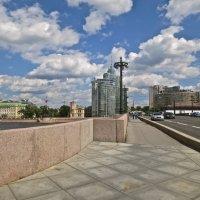 летом на Петроградской :: Елена