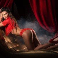 Страстный красный! :: Татьяна Просина