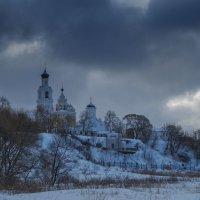 Монастырь на круче :: Сергей Цветков