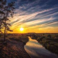 Летний закат на небольшой речке :: Aleksei Malygin