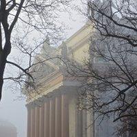 Исаакий в утреннем тумане :: Елена