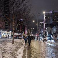 Прогулка по ночной Москве. Новый Арбат. :: Владимир Безбородов