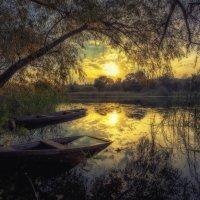 Осенний вечер на озере :: Aleksei Malygin