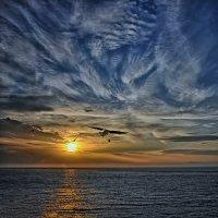 Чумовое небо было в тот день... :: Александр Бойко