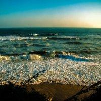 Что там, за горизонтом?.... или кусочек вечернего моря... :: Арина