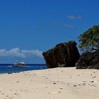 На острове :: Михаил Рогожин